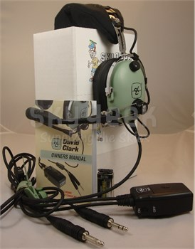 David Clark H10-13X Portable Hardwired Battery Powered Electronic Noise-Cancelling Aircraft Headset