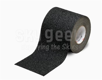 """3M™ 048011-34734 Safety-Walk™ 710 Black Slip-Resistant Coarse Tapes & Treads - 24"""" x 30' Roll"""